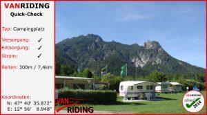 """Blick auf den Campingplatz Winkl-Landthal mit Berg """"schlafender Hex"""""""